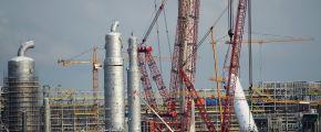 Строительство нефтехимического завода в Тобольске