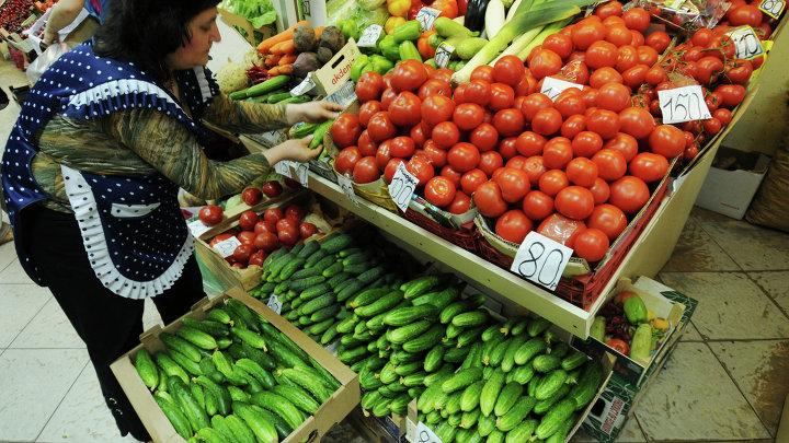 Продажа овощей на российских рынках