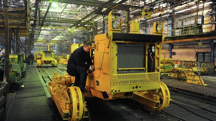 Работа Челябинского тракторного завода